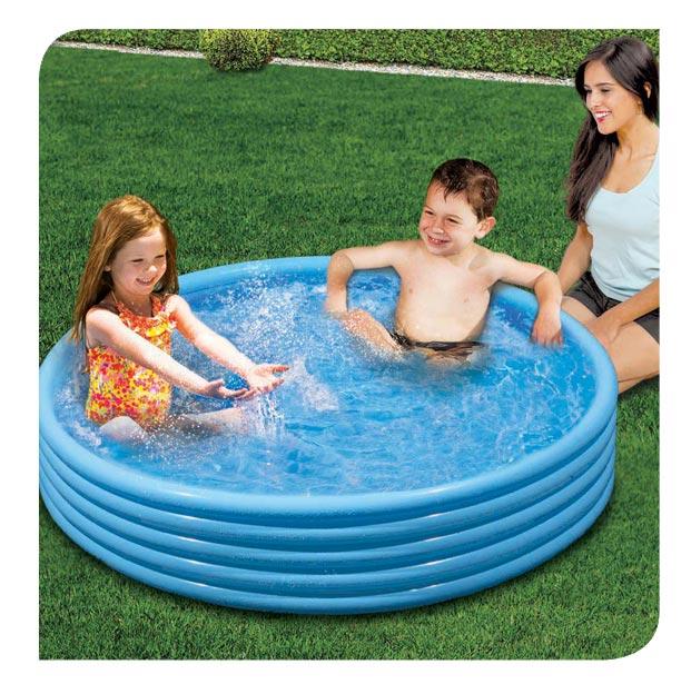 Super-sized Splash Pool